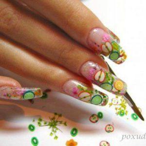Акрилове нарощування нігтів