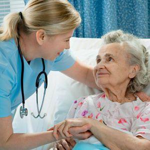 Що потрібно знати про догляд за хворою?