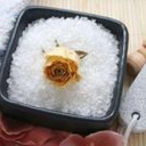 Як використовувати сіль від целюліту?