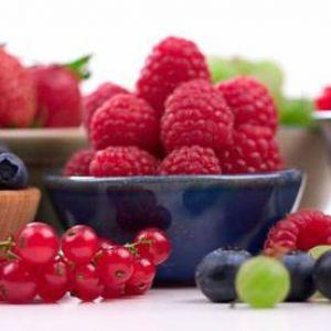 Якими вітамінами багаті ягоди?