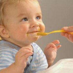 Режим харчування дитини в 9 місяців